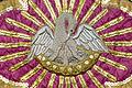 Pélican de piété sur une chasuble, Sizun, France-2.jpg
