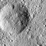 PIA20402-Ceres-DwarfPlanet-Dawn-4thMapOrbit-LAMO-image47-20160125.jpg