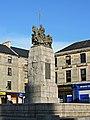 Paisley War Memorial (geograph 4665148).jpg