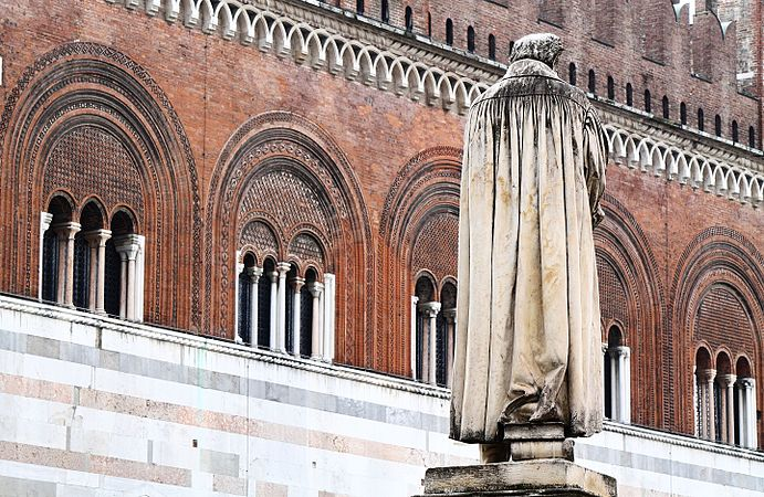 Palazzo Gotico Piacenza .jpg