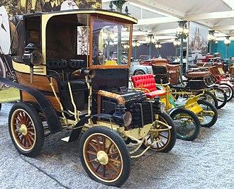 Landaulet (car) - Image: Panhard Levassor Landaulet type A1 1898