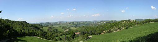 Panorama collinare nel territorio di Pianoro, provincia di Bologna.