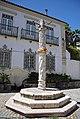 Pelourinho de Povos - Portugal (25931908377).jpg