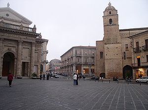 Miracle of Lanciano - Piazza Plebiscito, with the church of the miracle: San Francesco Sanctuary