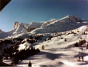 http://upload.wikimedia.org/wikipedia/commons/thumb/2/2c/PicDeBureFromSuperDevoluy1987.jpg/300px-PicDeBureFromSuperDevoluy1987.jpg