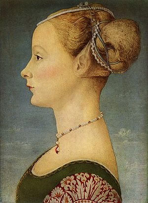 Piero del Pollaiolo - Portrait of a young woman by Piero del Pollaiuolo, at the Museo Poldi Pezzoli, Milan.