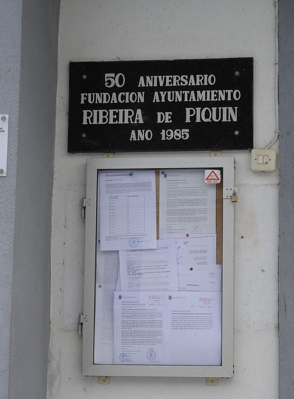Placa aniversario 50 anos Ribeira de Piquin, Lugo 08