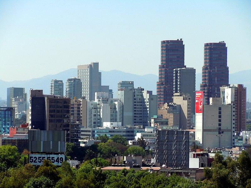 Polanco Skyline Mexico City DF.jpg