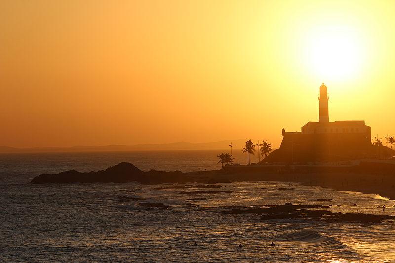 File:Porto da Barra Salvador Fim de tarde.JPG