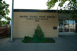Post office in Hazen, North Dakota 7-16-2009.jpg