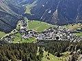 Pralognan-la-Vanoise depuis l'arrivée du téléphérique (été 2016).JPG