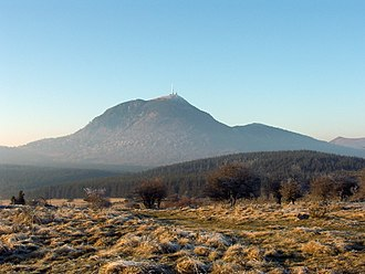 Massif Central - Image: Puy de dome 2001 12 15
