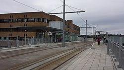 Queen's Medical Centre NET stop 03.jpg