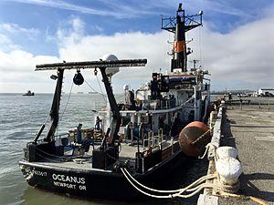 RV Oceanus - RV Oceanus