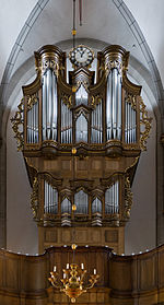Rheinberg (North Rhine-Westphalia, Germany) – Catholic Saint Peter Church – pipe organ of 2009 in an historic casing dated from 1769