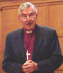 Richard Harries 20040428.jpg