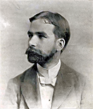 European Canadians - Scottish-Canadian Robert Stanley Weir wrote the lyrics to O Canada.
