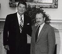 Ronald Reagan and Ernest Preeg in 1981.jpg