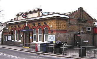 Rotherhithe railway station - Image: Rotherhithe station 1