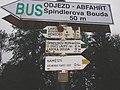 Rozcestník Špindlerův Mlýn, autobusové nádraží.jpg
