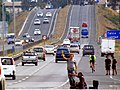 Ruta 5, hitchhikers (15450200881).jpg