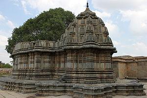 Sadasiva Temple, Nuggehalli - Full view of the Sadashiva temple at Nuggehalli (1249 CE)