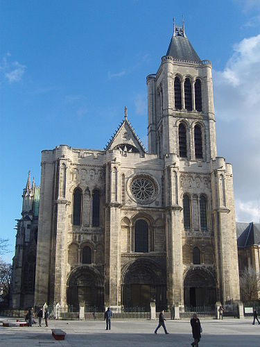 https://upload.wikimedia.org/wikipedia/commons/thumb/2/2c/Saint-Denis_-_Basilique_-_Ext%C3%A9rieur_fa%C3%A7ade_ouest.JPG/375px-Saint-Denis_-_Basilique_-_Ext%C3%A9rieur_fa%C3%A7ade_ouest.JPG