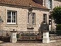 Saint-Martin-en-Bière-FR-77-monument aux morts-06.jpg