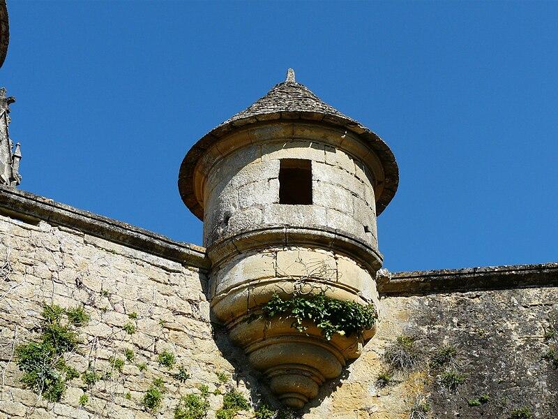 Fichier:Sainte-Mondane château Fénelon échauguette.JPG