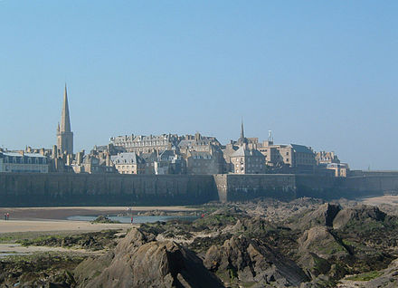 The walled city of Saint-Malo was a former stronghold of corsairs. Saintmalo.jpg
