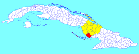 Santa Cruz del Sur municipality (red) within  Camagüey Province (yellow) and Cuba