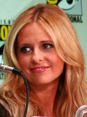 Sarah Michelle Gellar - Gellar at the 2011 San Diego Comic-Con