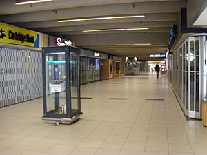 Winnipeg Walkway - Shops in Winnipeg Square underground mall