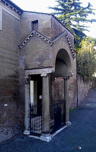 San Clemente al Laterano - Main entrance to the basilica