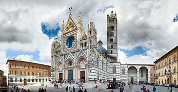 Siena cathedral panoramic frontview