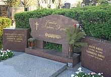 Sieveringer Friedhof - Anton Karas.jpg