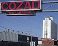 Sign at the 100th meridian on U.S. Highway 30 in Cozad, Nebraska.jpg
