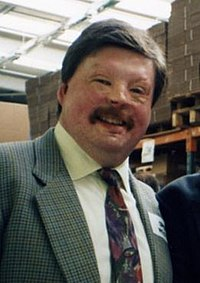Simon Weston cropped.jpg