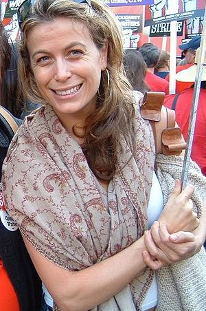 Sonya Walger - Walger at the Solidarity With Writers march and rally on Hollywood Blvd., 20 November 2007