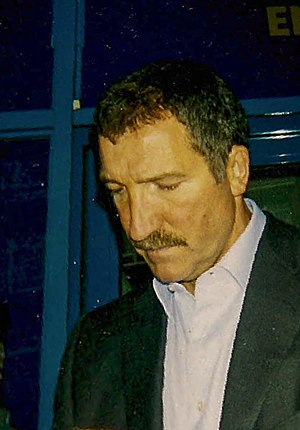2000–01 Blackburn Rovers F.C. season - Souness signing autographs outside Loftus Road following Queens Park Rangers vs Blackburn Rovers on 7 April 2001.