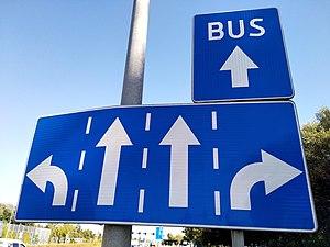 Special turn lane rule for bus.jpg