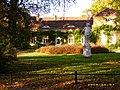 Standbild Friedrich II. im Park von Sanssouci.jpg