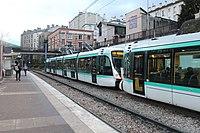Station Tramway Ligne 2 Parc St Cloud 10.jpg