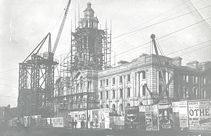 Stockport Town Hall - Image: Stockport Town Hall under construction c.1907