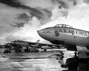 97th Air Mobility Wing - SAC B-47s on the flight line