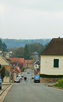 Street in Belloy-sur-Somme, Somme.jpg