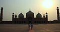 Sun shinning over Badshahi Mosque, Lahore.jpg