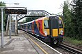 Sunnymeads - SWR 458517+458522 (Stagecoach livery) down train.JPG