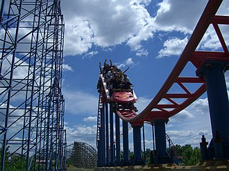 Superman – Ride of Steel - Image: Superman Ride of Steel (Six Flags America) 03