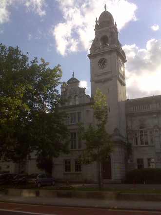 County Hall, Kingston upon Thames - Main facade of the County Hall